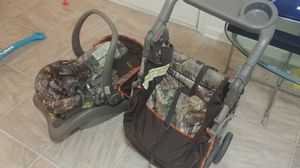 FREE CURB ALERT!!! car seat and matching stroller for Sale in Mesquite, TX