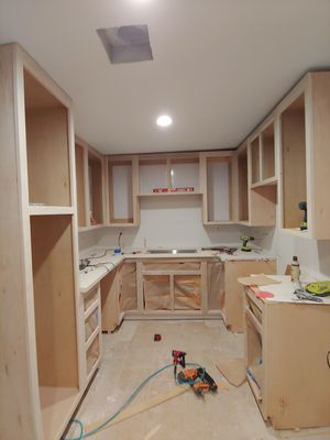 Kitchen cabinets and bathroom vanities for Sale in Moreno Valley, CA