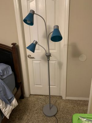 Floor Lamp with three bulbs. for Sale in Las Vegas, NV