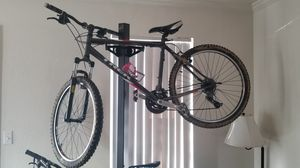 TREK size 19.5 49.5 CM for Sale in Westminster, CO