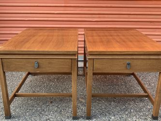 Pair of Mid Century End Tables for Sale in Los Angeles,  CA