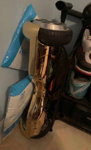 Electric hoverboard for sell for Sale in Miami, FL