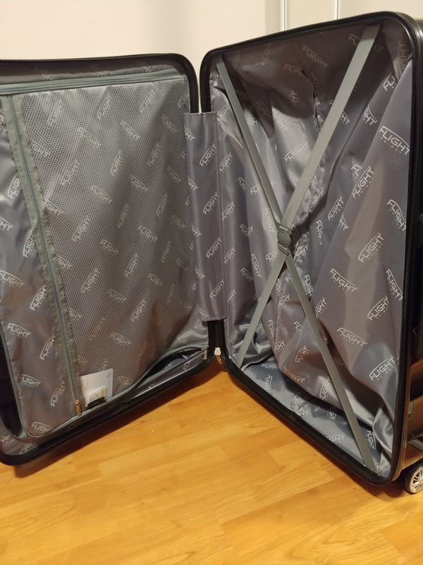 """2 Flight Knight suitcases-Large 29"""" Lightweight/Polycarbonate + Carry On/Small 21"""" Hardcase"""
