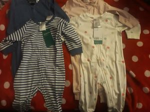 His and her double 4 to 6 mth phs h&m clothing.new for Sale in Bridgeport, CT