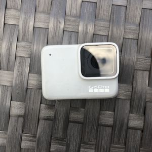GoPro 7 White for Sale in Forestville, MD