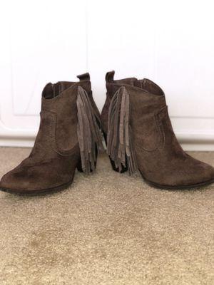Women's fringe booties size 6 for Sale in Lubbock, TX
