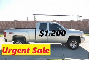 🍁Urgent for sale 🍁2011 Silverado🍁❗🍁!4WDWheelss!🍁 for Sale in Bridgeport, CT