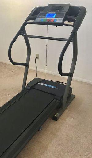 TREADMILL proform xp 800 vf treadmill IN GOOD CONDITION for Sale in Diamond Bar, CA