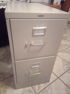 Two drawer large metal file cabinet for Sale in Las Vegas, NV