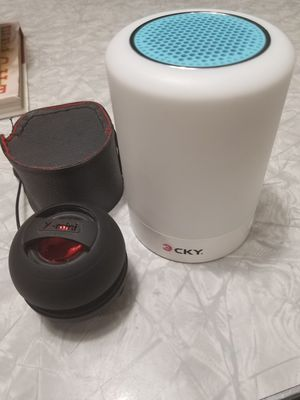 2 bluetooth speakers for Sale in Port St. Lucie, FL