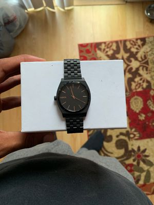 NIXON WATCH ROSE GOLD *NEW* for Sale in Los Angeles, CA