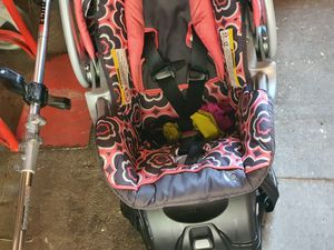 Newborn items clothes bouncer car seat w base for Sale in Tacoma, WA