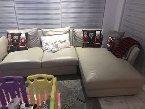 Sofa for Sale in Miami, FL