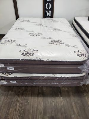 Queen Bamboo mattress for Sale in Liberty, SC