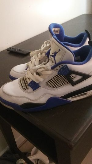 Jordan's 4 size 9.5 for Sale in Orlando, FL