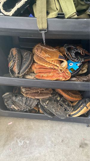 Gloves for Sale in Goodyear, AZ