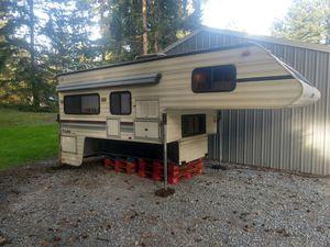 1990 Lance camper 11.5' for Sale in Graham, WA