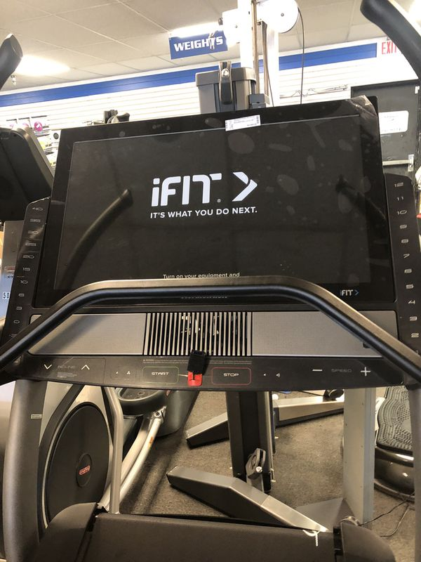 "2020 NordicTrack X32i Incline Trainer - 32"" Screen - 40% Incline - 1 Year warranty and ifit!"
