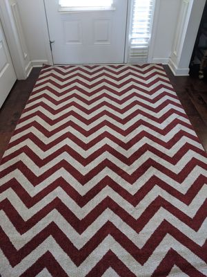 """Chevron Area Rug 5' x 8"""" for Sale in Greer, SC"""