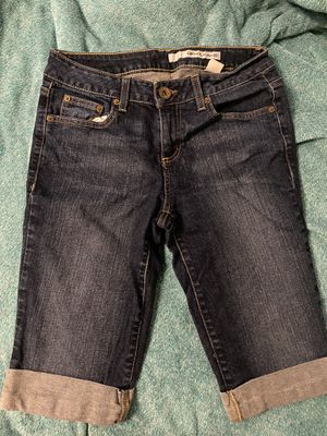 DKNY Knee-Length Cuffed Jeans Size 8 for Sale in Ithaca, NY