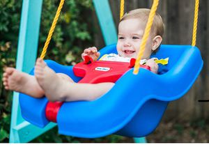 Little Tikes 2 -in- 1 Snug 'n Secure Grow With Me Swing for Sale in Crofton, MD
