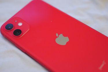 iPhone 11 64 GB UNLOCKED! for Sale in Hayward,  CA