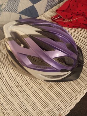 Brand new girls Trek bike helmet for Sale in Wheat Ridge, CO