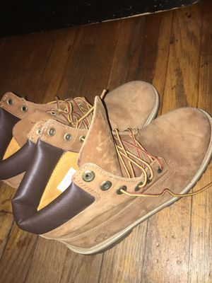 Timberlands SIZE 6.5 for Sale in Riverdale, MD