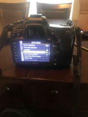 Nikon D7000 camera w/Nikon 18-105mm Lense for Sale in Houston, TX