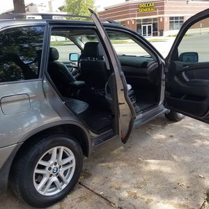 BMW x5 for Sale in St. Louis, MO