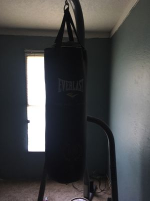 Punching bag for Sale in Springdale, AR