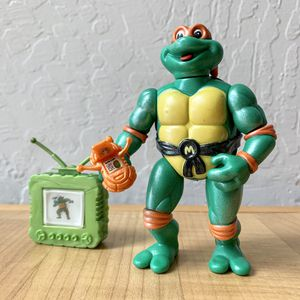Vintage 1992 Teenage Mutant Ninja Turtles Toon Turtles, Toon Mike Action Figure With 2 Accessory TMNT Collectable Toy for Sale in Elizabethtown, PA