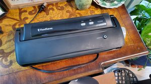 FoodSaver model v2244 Used and still works great! for Sale in Traverse City, MI