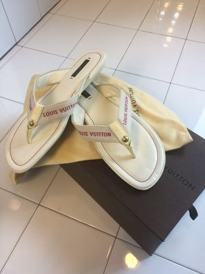 Louis Vuitton sandals for Sale in Rockville, MD