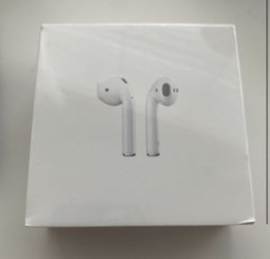 Apple Airpods gen 2 with wireless charging case BRAND NEW SEALED - 2020 version WITH ONE YEAR Apple Store WARRANTY! for Sale in Vista, CA