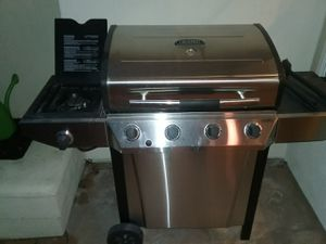 Thermos BBQ with side burner for Sale in Mission Viejo, CA