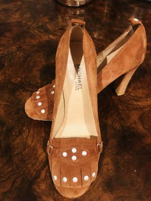 Michael Kors brown leather heels for Sale in West Palm Beach, FL
