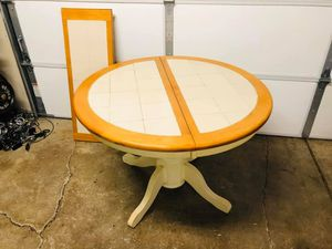 Kitchen Table - Solid Wood Table - Dining Table for Sale in Downers Grove, IL