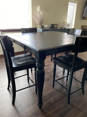 Solid wood dinner table for Sale in East Wenatchee, WA