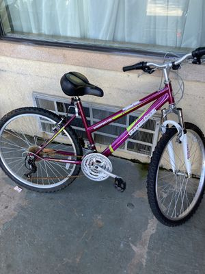 Bicycle girls 28-32 inch for Sale in Cartersville, GA
