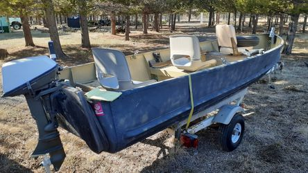 "Camo,16""ft Fishing Boat for Sale in Culver,  OR"