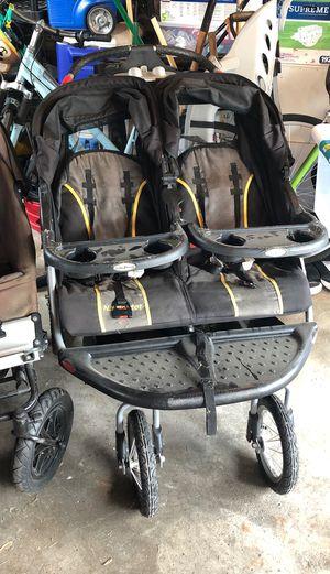 Double stroller for Sale in Park Ridge, IL