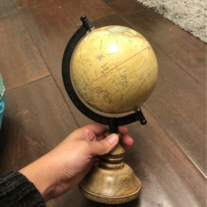 Decorative Globe 🌎 for Sale in Montclair, CA