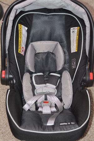 Graco snugride 35 infant car seat for Sale in Grand Rapids, MI