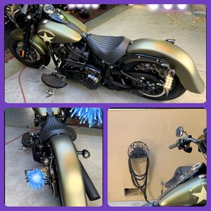 NICE RIDE:::LOW MILEAGE::::😍😍 for Sale in Fremont, CA