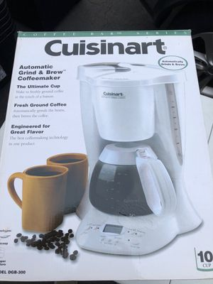 Cuisinart coffee brewer and grinder Model DGB-300 for Sale in Manassas, VA
