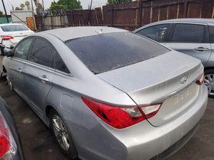 2014 Hyundai Sonata parts for Sale in Los Angeles, CA