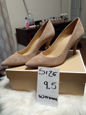 MICHAEL KORS SIZE 9.5 for Sale in Highland, CA
