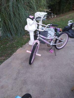 Brat Girls Bike good condition for Sale in Ellenwood, GA