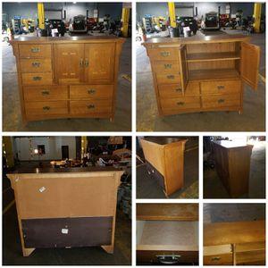 Bassett Dresser for Sale in Mount Rainier, MD